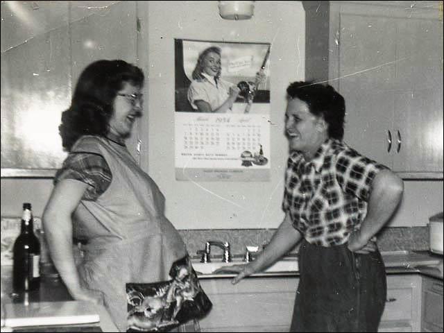 New kitchen in 1954